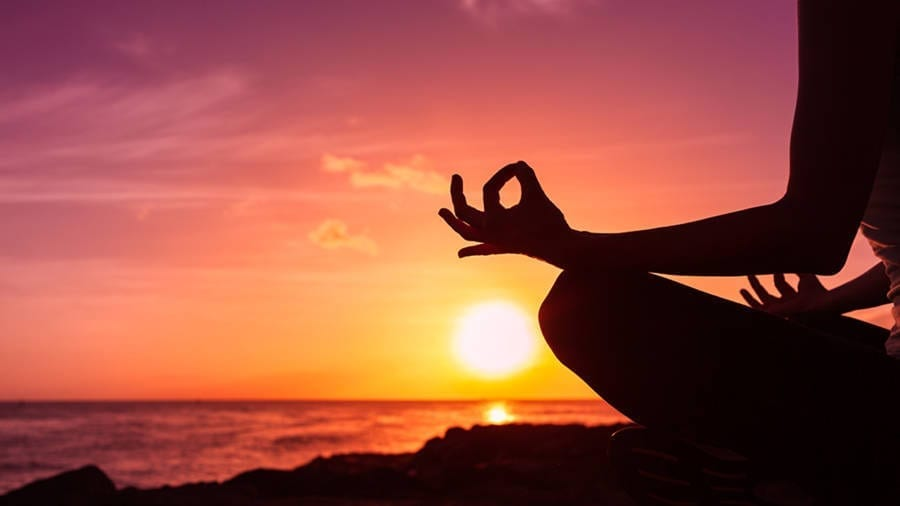 Yoga Mudras – How to do them and their benefits
