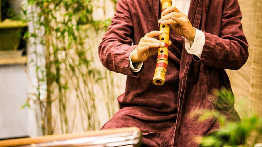 Amazing Benefits of Flute Music for Meditation